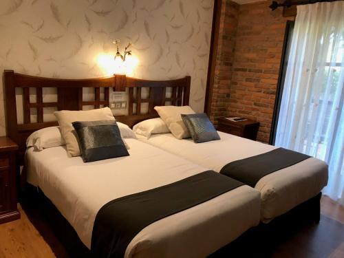 Standard Doppel- oder Zweibettzimmer mit Balkon Hotel Spa San Marcos 1