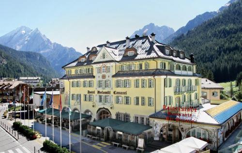 Hotel Dolomiti Schloss - Canazei di Fassa