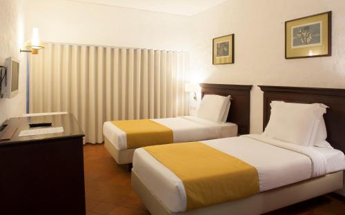 Hotel Do Mar - Photo 6 of 69