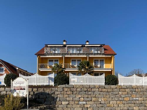 . Landhaus Laugele Ferienwohnungen