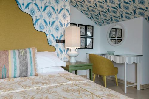 The Albatroz Hotel - Photo 7 of 86