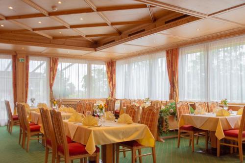 Ferienzimmer mit Balkon - Houses for Rent in Alberschwende