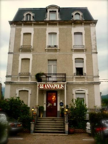 Hotel De La Gare Hotel 345 Boulevard Wilson 73100 Aix Les Bains Adresse Horaire