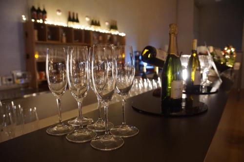 Special Offer - Standard Condominium - Free lounge access & wine