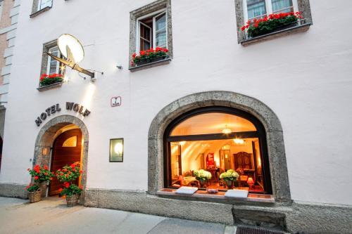 . Hotel Wolf