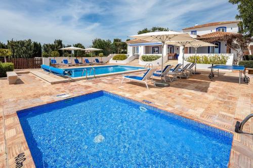 Boliqueime Villa Sleeps 10 Pool Wifi