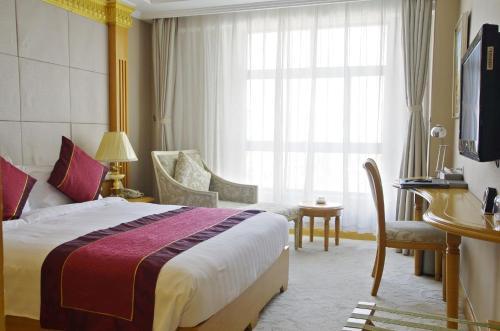 Riverview Hotel on the Bund Улучшенный двухместный номер с 1 кроватью и видом на город