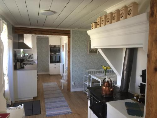 Stenbrottets lillstuga - Accommodation - Falköping