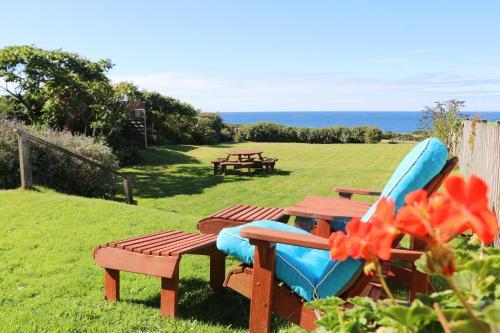 Sea Views Apartment Near The Beach, St Merryn, Cornwall