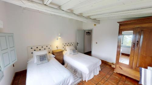 Casa de 2 dormitorios El Vergel de Chilla tiene 3 alojamientos Abejas 1 Abejas 2 y Libélula 46