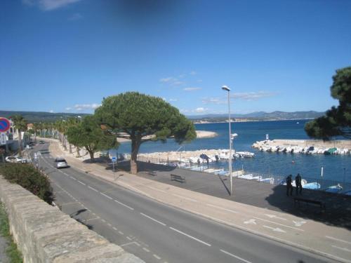 T3 ensoleillé vue mer - Pension de famille - La Ciotat