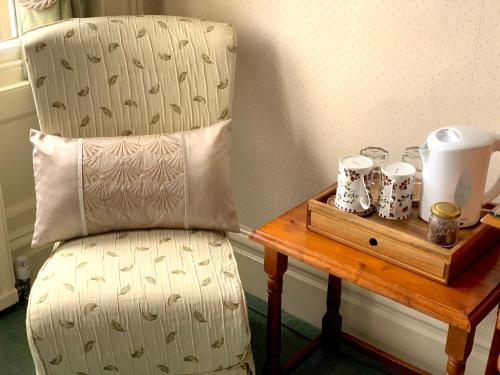 Carlton Lodge - Photo 6 of 29
