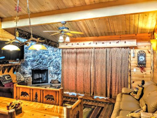 Three-Bedroom Specialty Townhouse Unit #36 by Snow Summit Townhouses - Big Bear Lake