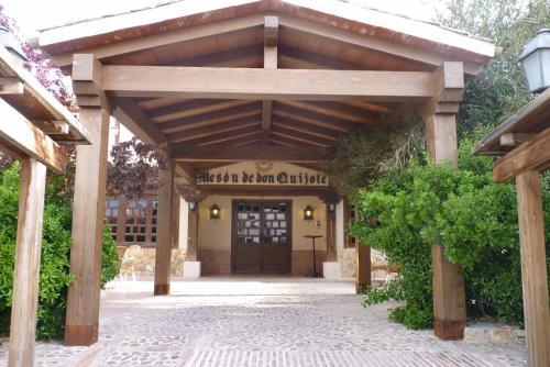 . Hotel Mesón de Don Quijote