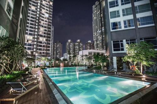 . Hoasun Boutique Apartment - Vinhomes Central Park