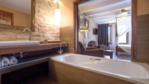 Junior Suite Boutique Hotel Finca el Tossal - Adults Only 2