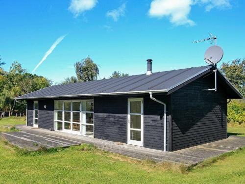 . Three-Bedroom Holiday home in Tranekær 1