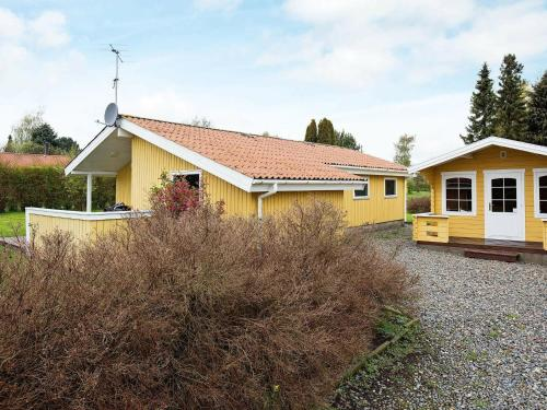. Three-Bedroom Holiday home in Stege 8