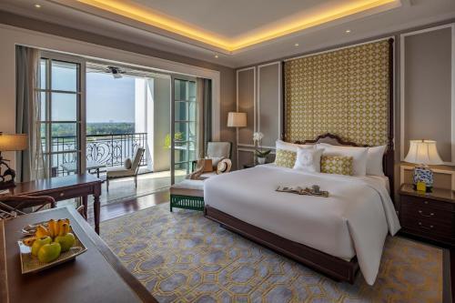 . Mia Saigon – Luxury Boutique Hotel
