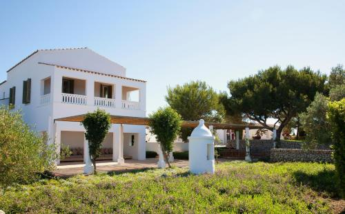 Habitación Doble Deluxe con balcón y vistas al mar Torralbenc, a Small Luxury Hotel of the World 1