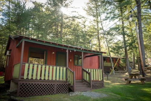 . Forest Hill Lodging