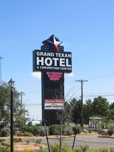. Grand Texan Hotel and Convention Center