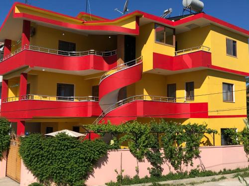 . Guest House MURATI
