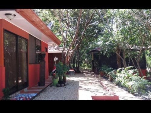 . Villa De Los Monos