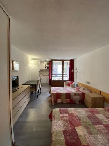Studio Les Cybeles - Apartment - Brides-les-Bains