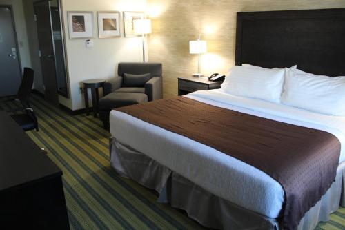 Holiday Inn Texarkana Arkansas Convention Center - Texarkana, AR 71854