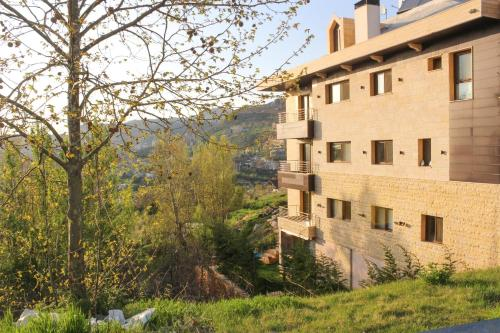 . Austria Luxury Apartments, Faraya