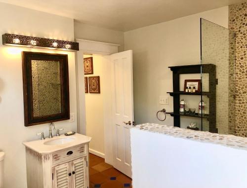 Casa Culinaria - The Gourmet Inn - Accommodation - Santa Fe