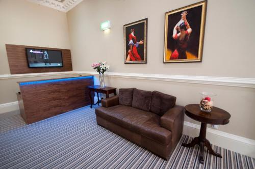 Palmerston Suites photo 36
