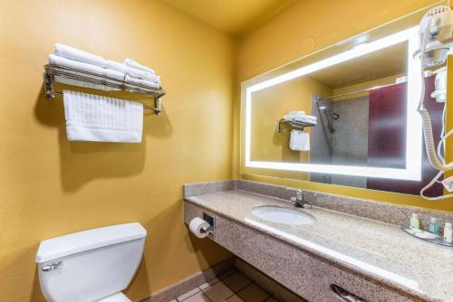 Quality Inn & Suites - Sacramento, CA CA 95814