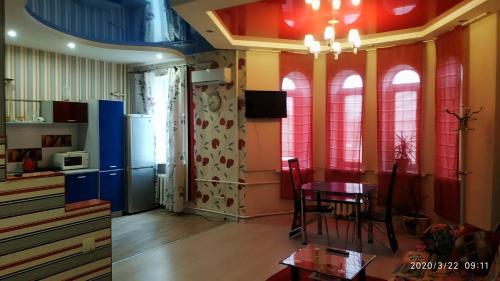 . 175 Sobornyi Studio