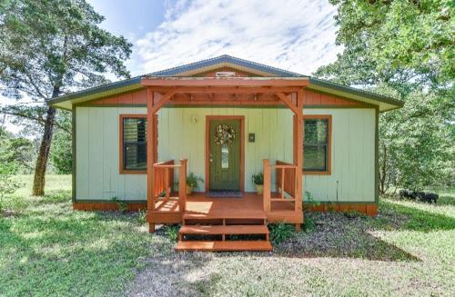 Accommodation in Cedar Creek