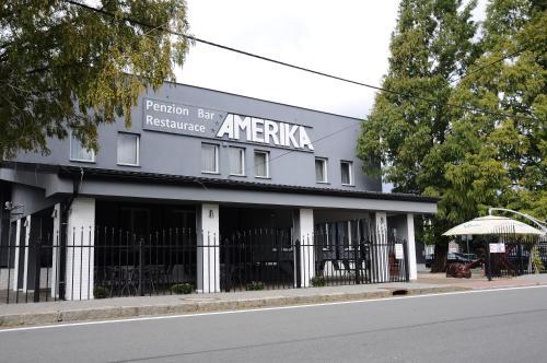 . Restaurace a hotel Amerika