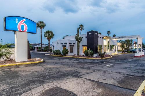 Motel 6-Tucson AZ