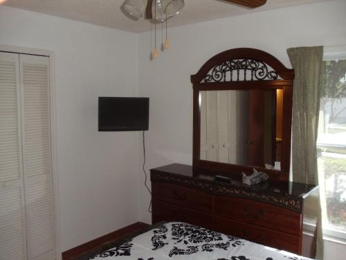 Indian Wells Vacation Home - Kissimmee, FL 34746