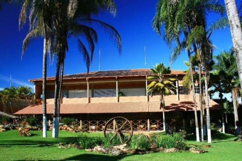 . Estancia Park Hotel