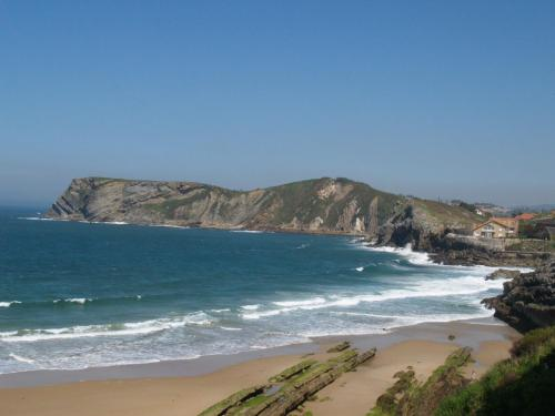 Paseo Manuel Noriega, 27, 39520 Comillas, Cantabria, Spain.
