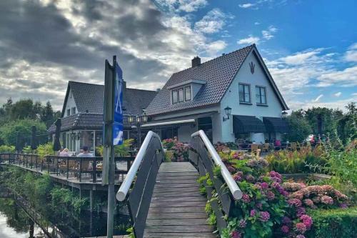 De Dames Van De Jonge  Restaurant, Pension in Giethoorn bei Steenwijk