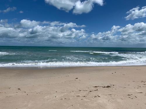 . Seahorse Beach Bungalows
