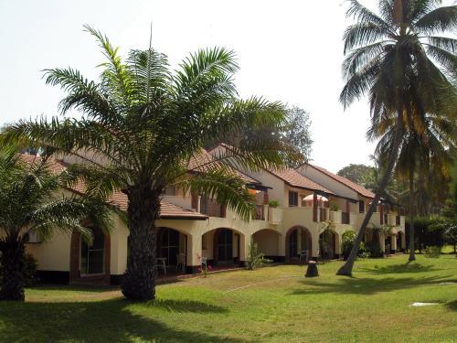 . Kololi Beach Resort