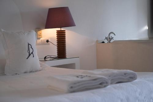 Doppelzimmer mit Whirlpool-Badewanne La Almendra y El Gitano 4