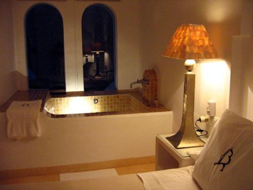 Suite mit Whirlpool La Almendra y El Gitano 11