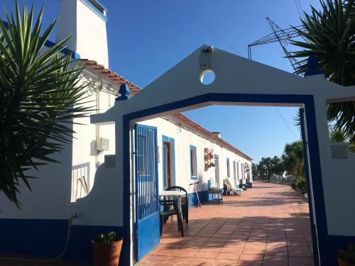 . House with 15 bedrooms in Santa Margarita da Serra with private pool and furnished garden
