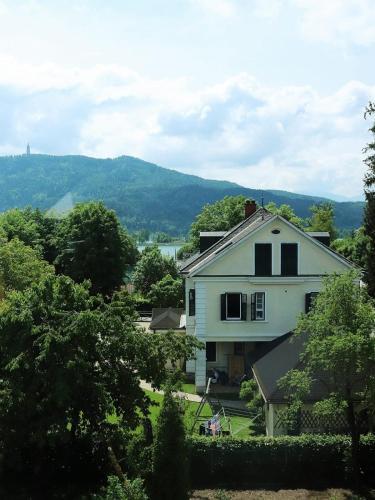 Edelstein Apartments Kranzelbinder, Pension in Pörtschach am Wörthersee