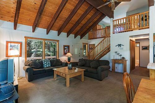 Copenhagen Retreat by Tahoe Mountain Properties - Truckee