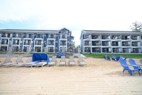 Pointes North Beachfront Resort Hotel - Traverse City